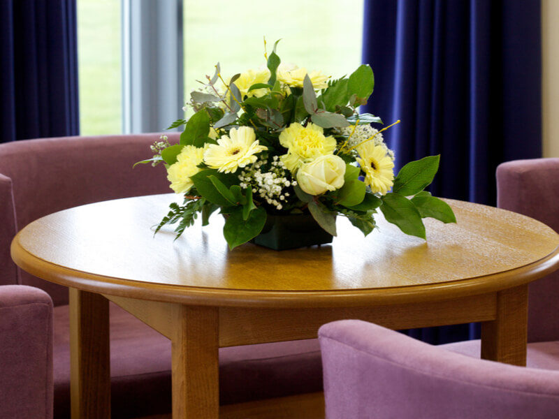 How to Choose the Right Funeral Director